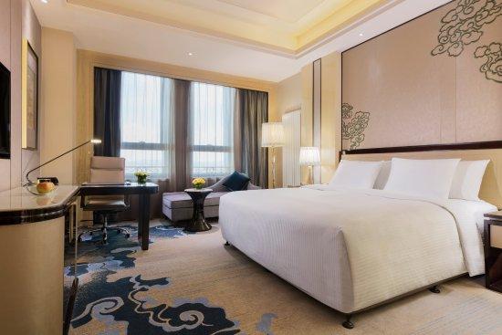 Wanda Realm Chifeng Hotel