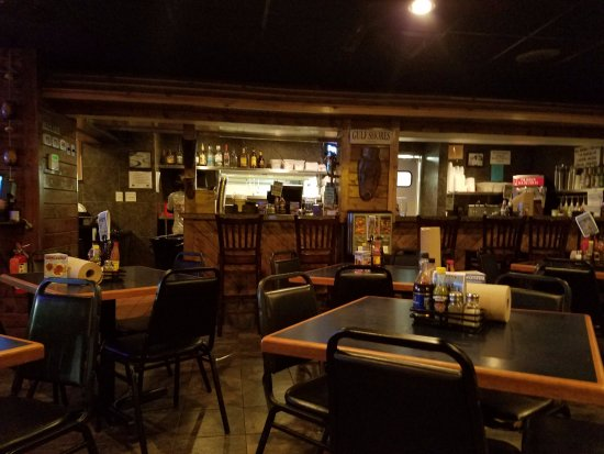 Shrimp Basket : Interior of the restaurant.