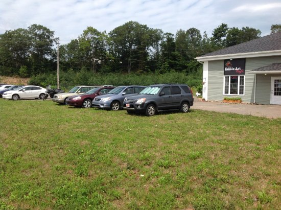 New Minas, Canada: Unlimited parking on the old Horton High School grounds
