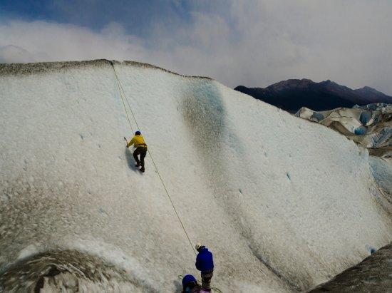 Patagonia Adventures : Escalada opcional en hielo en el glaciar Viedma