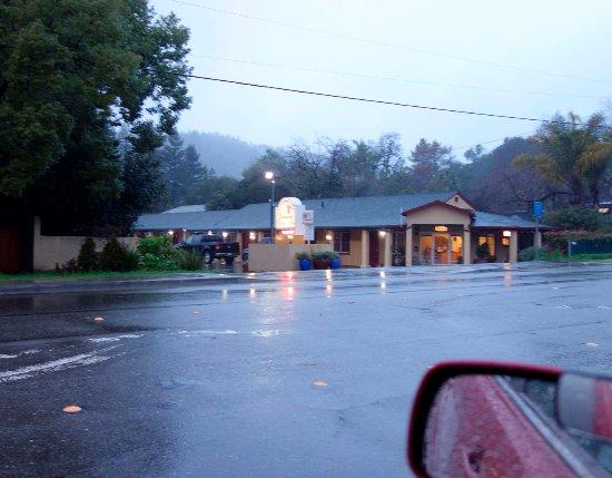Cloverdale, CA: Vineyard Valley Inn