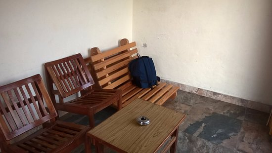 Chaukori, India: separate sitting area in cottage no 6