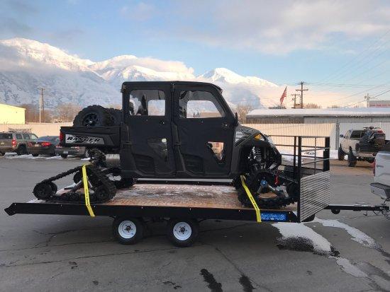 Valokuva: Snowmobile Adventures at Thousand Peaks