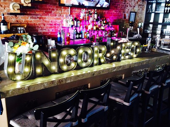 Georgetown, Canada : Uncorked on Main