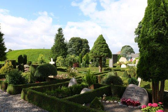 Jelling, Danmark: il piccolo cimitero