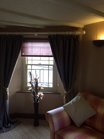 Lostwithiel, UK: Newly decorated superior room.