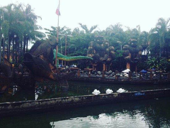 Isdaan Village : Landscape