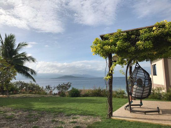 Turtle Bay Dive Resort: One of the spots to read a book and chill!