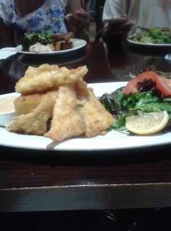 Paasha Turkish Cafe & Takeaway: Grilled fish dish with creamy mushroom on polenta served with salad