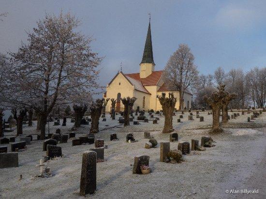 Vikersund, Norge: Heggen kirke i desember 2016.