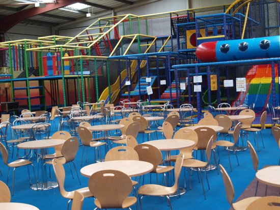 Daventry, UK: Parent communal area