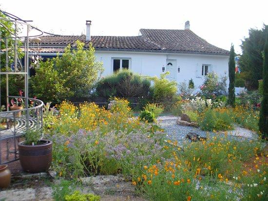 Saint-Denis-de-Pile, ฝรั่งเศส: Jardin d'agrément