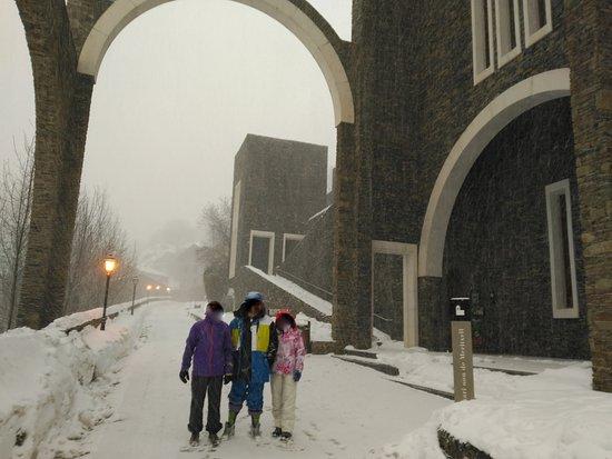 Santuario de Meritxell, con una gran nevada