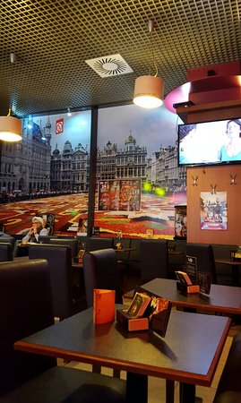 Midi Station: Bar by Midi Train station