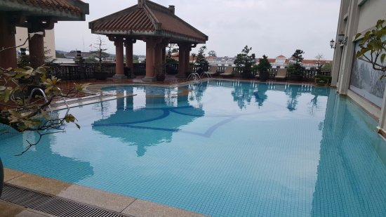 Imperial Hotel: Outdoor pool