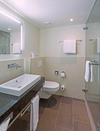 โรงแรมเซนต์ก็อทธาร์ด ภาพถ่าย
