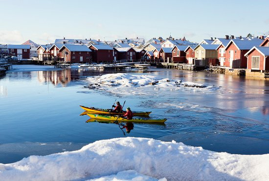 West Sweden, Sweden: Winter kayaking in Smögen, on the Bohuslän coast. Photo By: Roger Borgelid