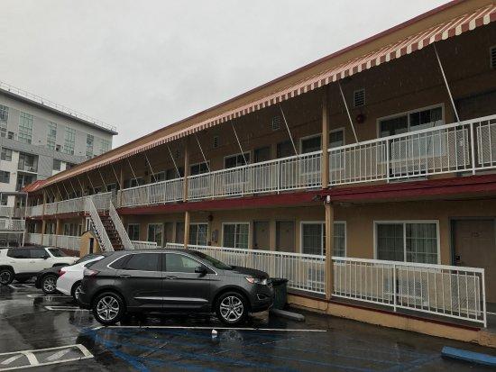 Picture Of Hollywood La Brea Motel Los