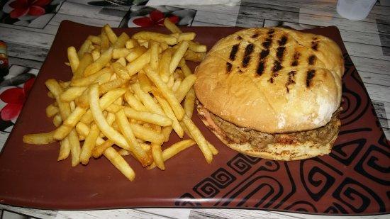 Les Roulottes : Cheese Burger avec pain maison L ESTANGO 💓💓