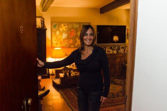 Barbara Will Open The Door With A Welcoming Smile Bild Von Federica Barbara Of Bb Kitchen Rom Tripadvisor