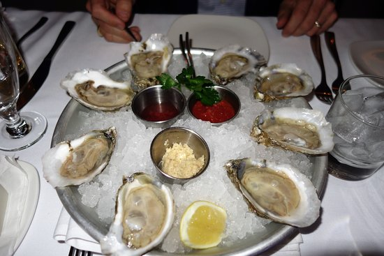 Clayton, MO: We were there on Thursday, Oyster Night.