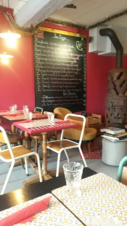 A sweet and cosy place to have a friendly time in Salornay-sur-Guye