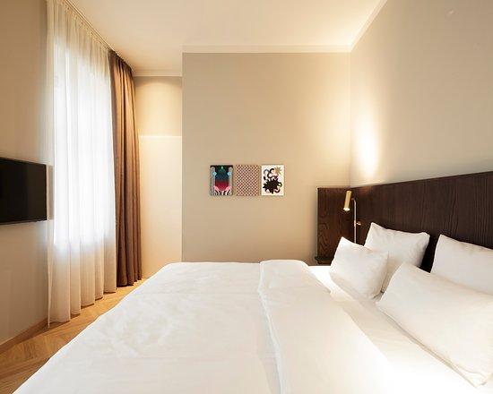 Franconia Apartments Reviews