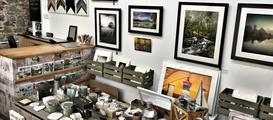 Stoke Gabriel, UK: River Dart Gallery interior