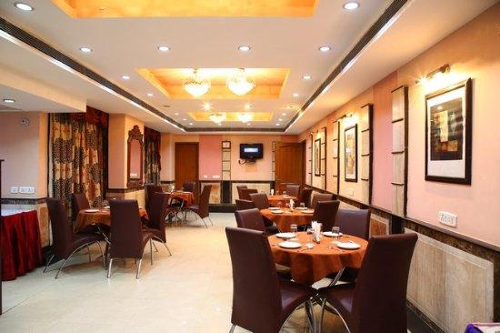 FabHotel Conclave Inn Nehru Place : Restaurant