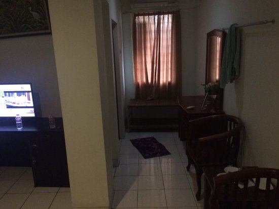 kamar tidur saya Picture of Hotel Elizabeth Semarang TripAdvisor