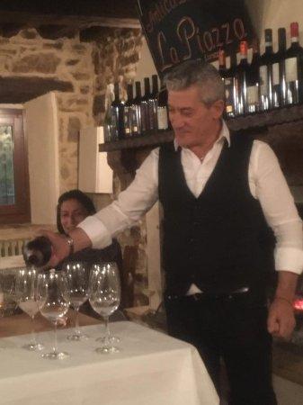 Rioveggio, Italia: Vasta selezione dei vini