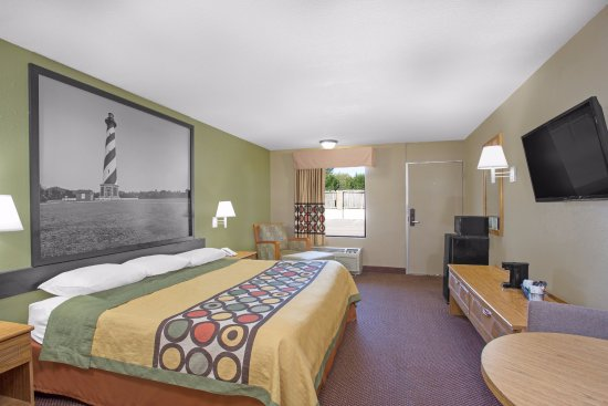 Dunn, NC: King Size Bed Room