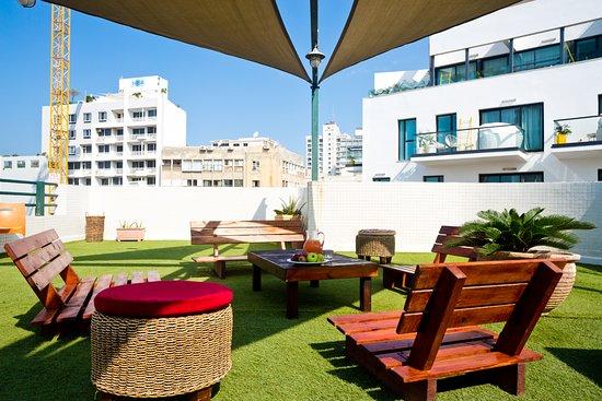 Hotel De La Mer: Roof Terrace