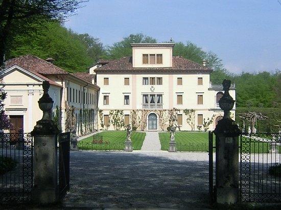 Belluno, Italy: Vista frontale