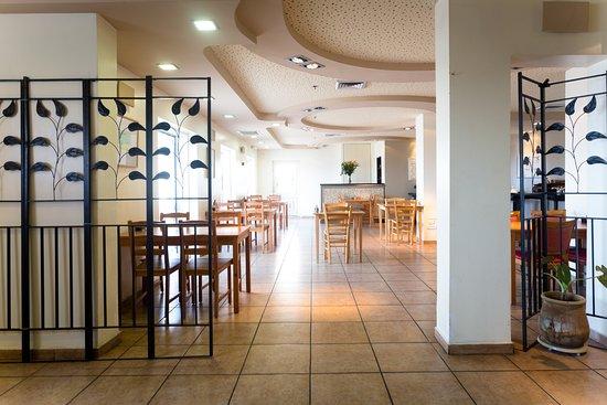 Hotel De La Mer: Dining Room