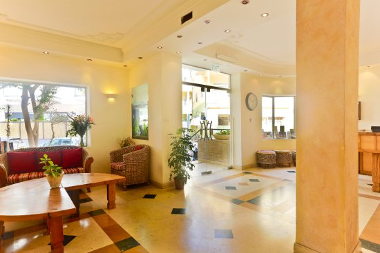 Hotel De La Mer: Lobby area