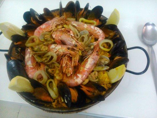 Borreda, Spania: LA PAELLA