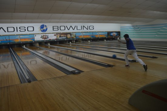 Kuta Station Hotel: Bowling Game Room