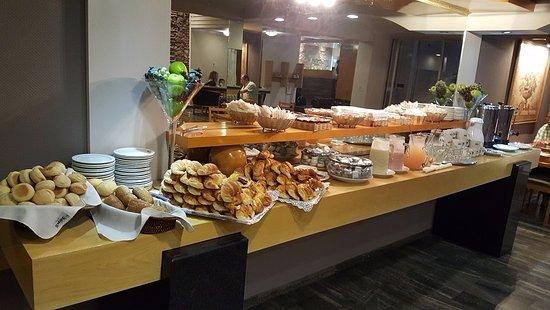 Hotel Felipe II: Opciones desayuno 1