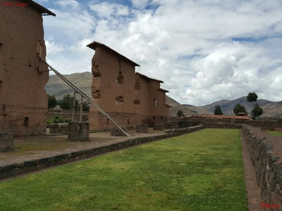 Cusco Region, Peru: Vue partielle Parque Arqueologico Raqchi