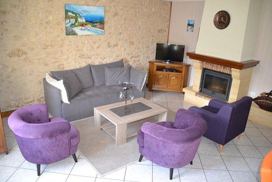 Lalinde, Francia: Livingroom Gite Bergerac