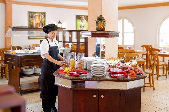 Tigaiga Suites: Bufe desayuno