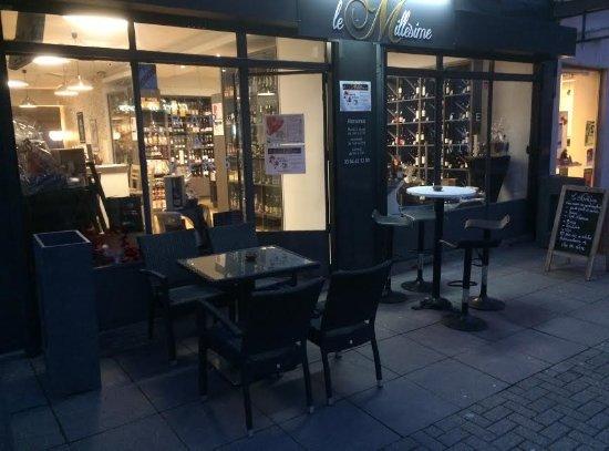 Lure, Frankrig: Le magasin le soir