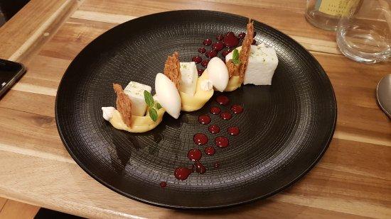 En Cuisine Photo De En Cuisine BrivelaGaillarde TripAdvisor - En cuisine brive
