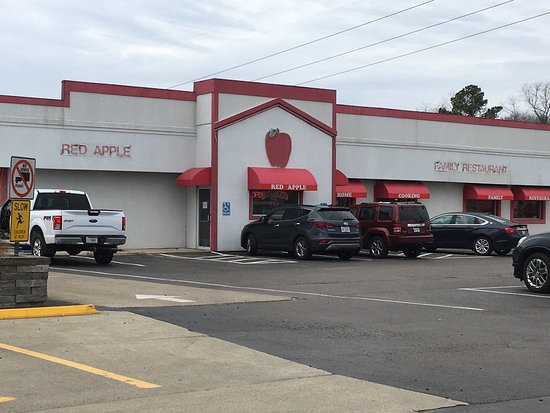 Maryville, IL: Red Apple Family Restaurant