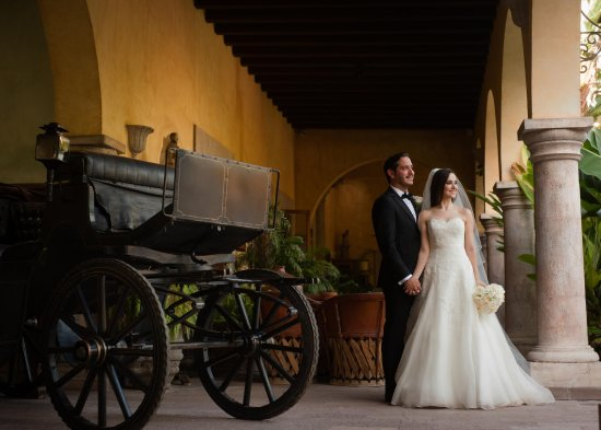 Hacienda De Los Santos: Ideal for wedding photo shoot.