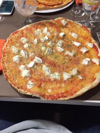 Restaurant pizzeria la riviera saint gilles croix de vie for Garage de la riviera croix