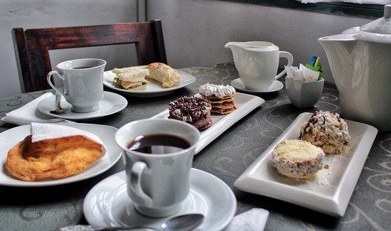 Sabanilla, Costa Rica: Tienen que probar las tortas fritas!