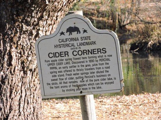 Camino, CA: Cider Corners Landmark