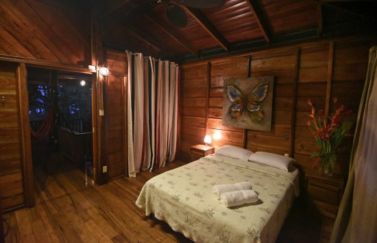 Casa Las Brisas: Caribbean Breeze Cabinas bedroom